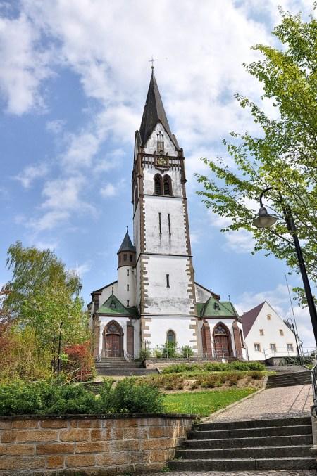 Vorösterliche Kirche St. Peter und Paul in Grießen, Klettgau (Foto: Martin Dühning)