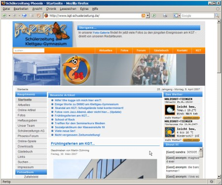 Blick auf die preisgekrönte Joomla-Webseite der Schülerzeitung Phoenix, wie sie sich von 2005-2007 präsentierte (Foto: Martin Dühning)