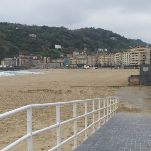 Beach of San Sebastian on a wintry (!) spring day