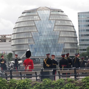 Guards set off canons for Queen's birthday