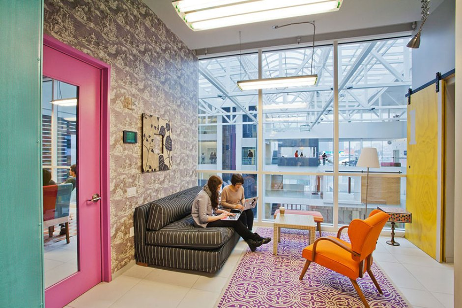 42-offices-airbnb