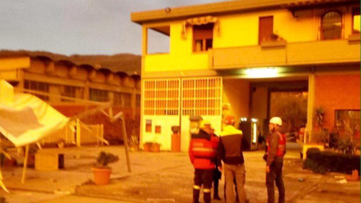 Violenta grandinata e tromba d'aria in Val di Bisenzio, danni a Vaiano. Un ferito