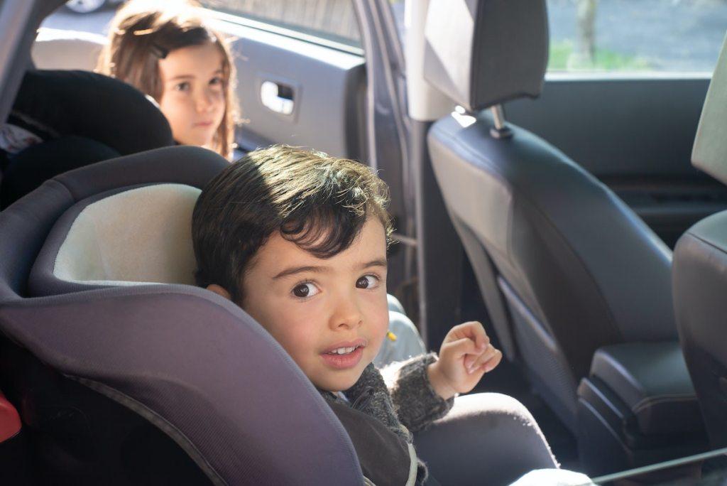răul de mașină la copii