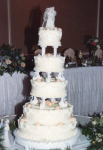 Peggy and Dave's Weddding Cake