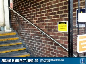 Chesterfield Hanrailing