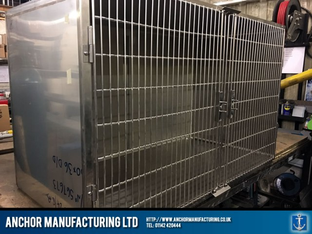 Double Door Large Vet Kennel