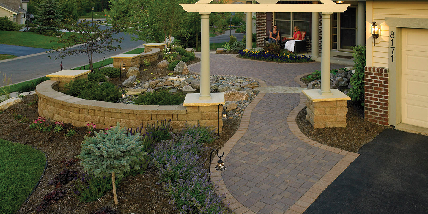 Build A Block Retaining Wall: Planter Ideas from Anchor Wall on Patio Block Wall Ideas id=15678
