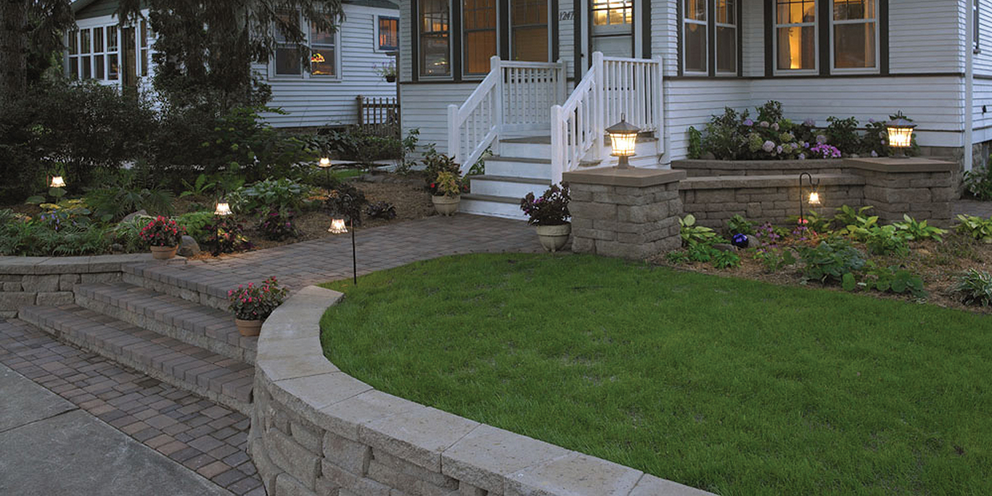 Building A Small Retaining Wall: Front Yard Curb Appeal on Wall Ideas For Yard id=67933