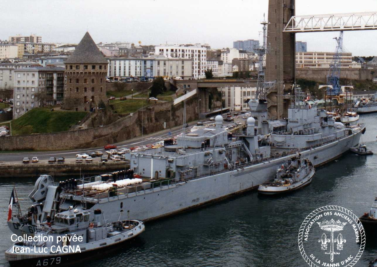 Descriptif Et Photos De La Frgate Anti Sous Marine DUGUAY