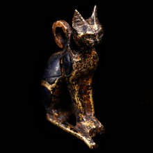 Stunning Egyptian Gold and Lapis Amulet of Bastet