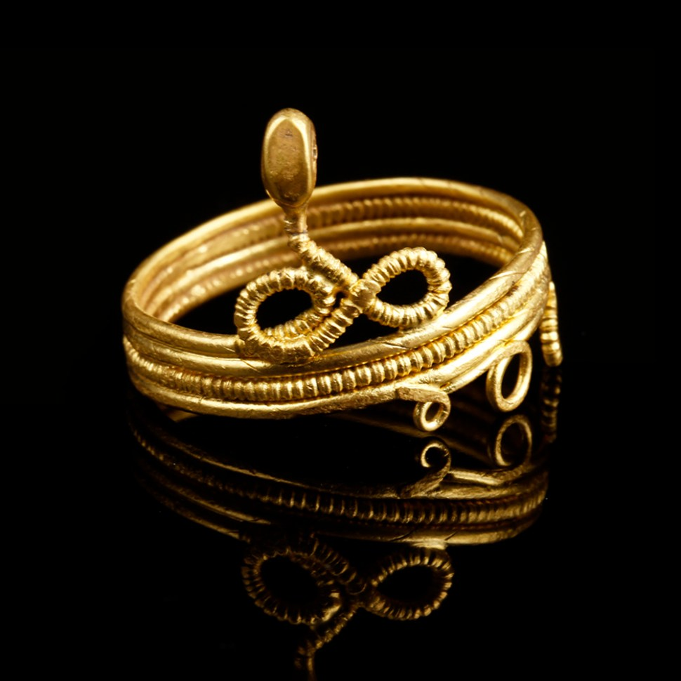 Roman Gold Ring with Snake