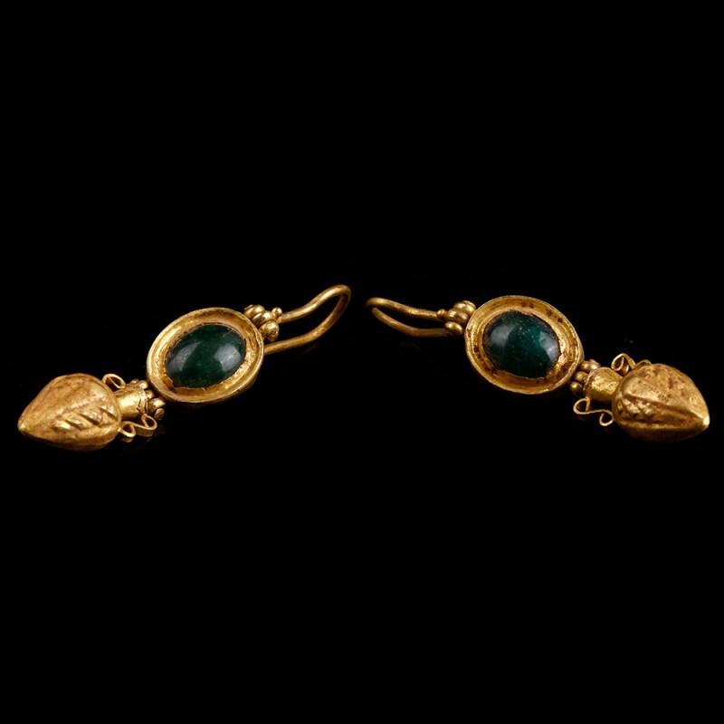 Roman Earrings with Amphorae