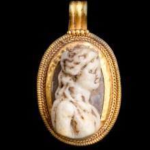 Exceptional and Rare Goddess Bastet Amulet