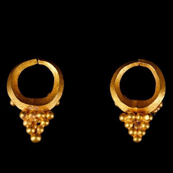 Urartu Solid Gold Earrings with Granules