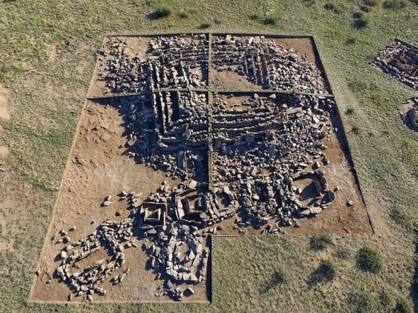Una pirámide de Bronce Época encontrado en Kazajistán
