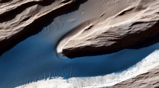 © NASA/JPL/University of Arizona / Flickr