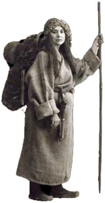 """La famosa exploradora y periodista francesa Alexandra David-Neel escribió sobre los """"Lung gom pa"""" tibetanos, que solían llevar objetos pesados por ser sus cuerpos tan ligeros que corrían el riesgo de flotar en el aire involuntariamente. (The Evil Spartan/Public Domain)"""