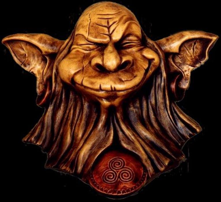 """Escultura de """"Korrigan"""", pequeño elfo de los bosques célticos. (CC BY 2.0)"""
