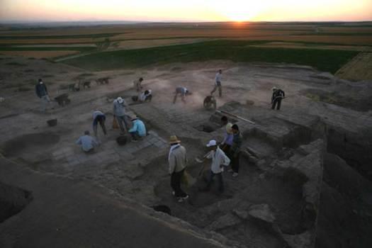 Excavaciones arqueológicas realizadas con anterioridad en Ziyaret Tepe. (Imagen: UAkron)