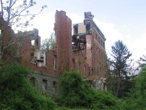 Ruinas del antiguo seminario (hellhousehauntedleaf)