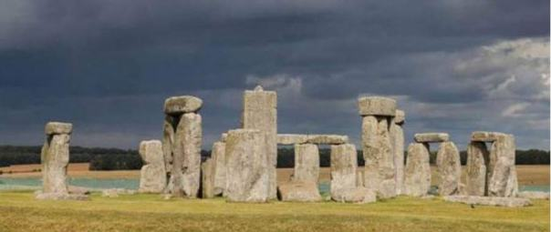 Stonehenge, Wiltshire, Inglaterra, año 2014. Diego Delso, Wikimedia Commons, License CC-BY-SA 3.0
