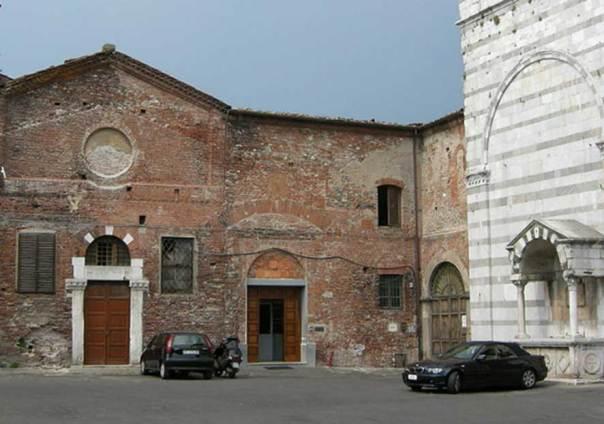 El convento de San Francesco en Lucca, Italia (CC by 2.5 / Sailko)