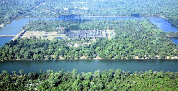 Portada - Imagen aérea del templo de Angkor Wat (Steve Jurvetson/CC BY- SA 2.0)