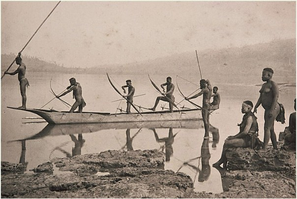 Pesca tribal en las Islas Andamán, circa 1870. (Public Domain)