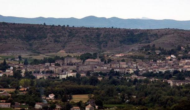 ciudad-de-Joyeuse-en-Ardeche.jpg