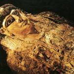 Televisan en Vivo la Apertura de la Tumba del Sumo Sacerdote Egipcio