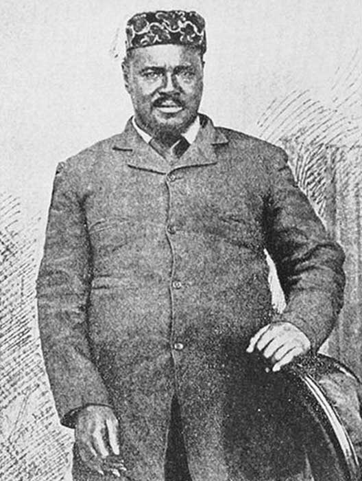 Cetshwayo, legendary African Ruler, in Cape Town shortly after his capture in the 1879 Anglo-Zulu War. He led several victories against the British army early in the war. (OttawaAC / Public Domain)
