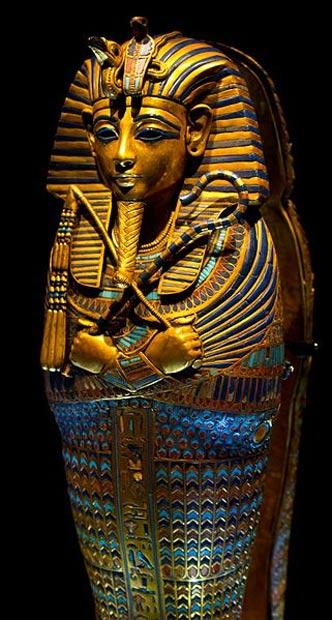 Un coffinette canopo del rey Tutankamón.  Se descubrió intacta desde su tumba KV62.