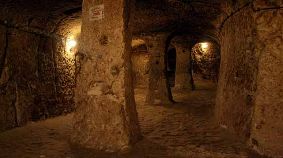 Tunnels Giza Plateau Under