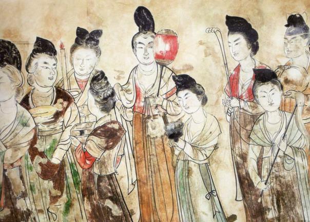 Damas de la corte Tang llevan tesoros preciosos, de la tumba de la princesa Yongtai en el Mausoleo Qianling, cerca de Xi'an, en Shaanxi, China. 706 AD.