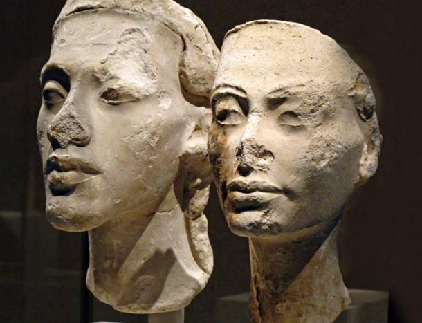 Busts of Akhenaten and Nefertiti.
