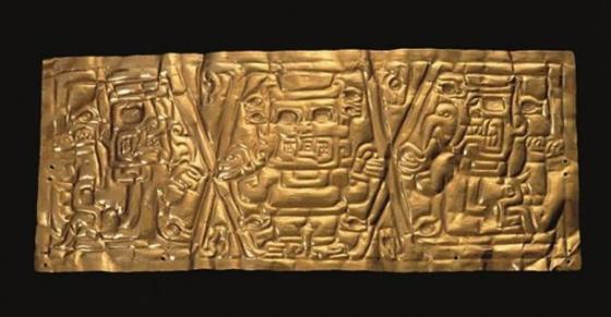 Chavin Gold Crown, Formative Epoch (1200 BC to 300 BC) Larco Museum Collection, Lima, Peru.