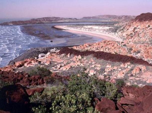Dampier Archipelago coastal landscape, 2000