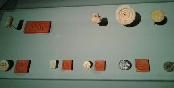 Una colección de sellos de Dilmun, Museo Nacional de Bahréin