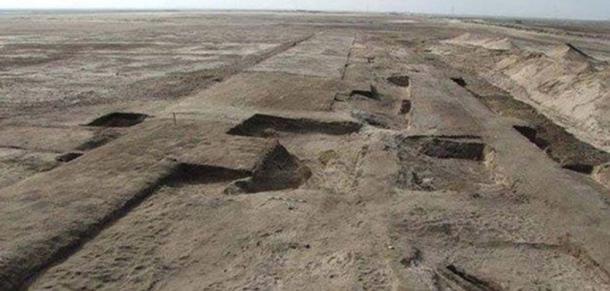 Заснування фортеці, виявленої на місці Телль-Хабуа, старий Тяру, у 2015 році.