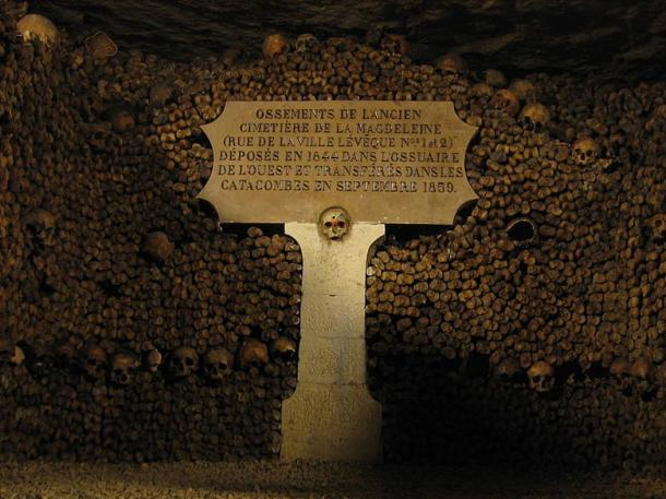 Bones from the former Magdeleine cemetery. Deposited in 1844 in the western ossuary (bone repository) and transferred to the catacombs in September 1859.