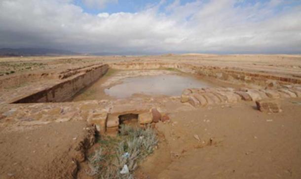 """Serbatoio in città nabatea di antica Hawara, Humayma moderno o """"Humeima""""."""