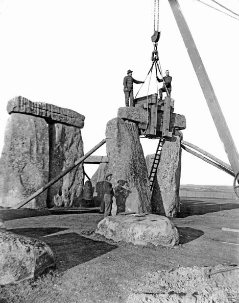 stonehenge early image