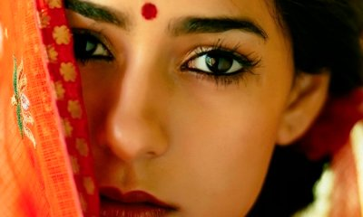 Indian-woman-bindi