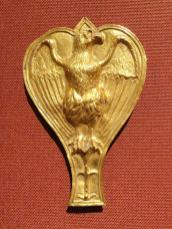 800px-Ornament_with_Eagle,_100-200_AD,_Roman,_gold_-_Cleveland_Museum_of_Art_-_DSC08277