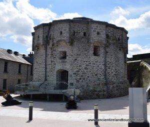 Tour of Ireland Athlone Castle