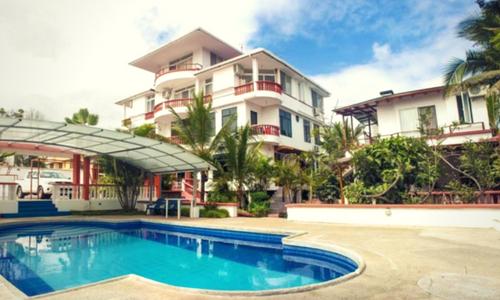 galapagos hotel deja vu photography tour Ecuador & Galapagos