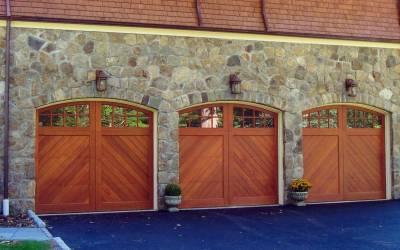 New Classic Carriage Style Garage Door