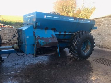 West Dual spreader 1600