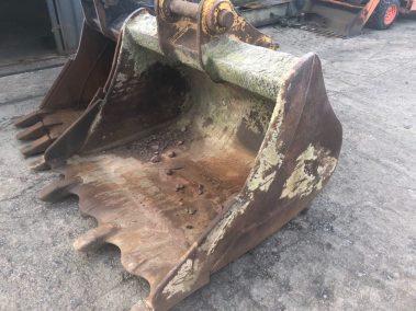 Excavator bucket 1.5m , 80mm pins