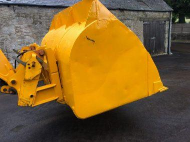 Tip-toe bucket yellow